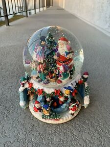 Kirkland  Large Musical Water Snow Globe With Revolving Base FREE SHIPPING