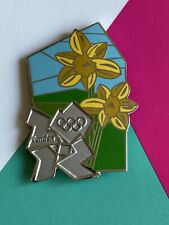 London 2012 Olympic Daffodils Pin Badge From Countryside Series