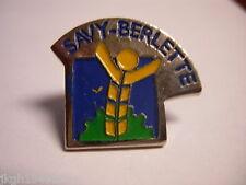 Savy-Berlette France Hat Lapel Pin HP2586