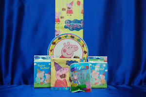 Peppa Pig Party Set # 10  George Topper  PLates Tablecover Invites Napkins Games