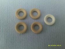 DINKY x4 17 mm PNEUMATICI di ricambio bianco ingiallito levigato (A)