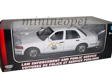 MOTORMAX 73524 2001 FORD CROWN VICTORIA 1/18 HIGHWAY PATROL POLICE CAR WHITE