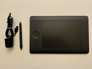 Wacom Intuos Pro Small Graphics Tablet PTH-451