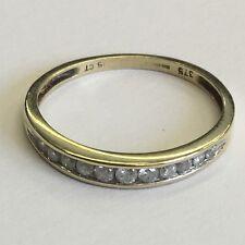 Diseño moderno sólido 9ct Oro Diamante Medio Anillo de la eternidad tamaño M