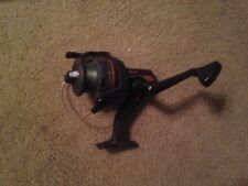 SHAKESPEARE OUTCAST GRAPHITE FISHING REEL - 8500