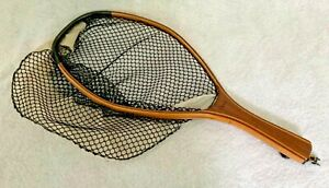 """Vintage Orvis 20.5"""" Catch and Release wooden Fishing Net with Mesh Inset - VGC"""