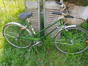 Vintage 1950's-60's Hawthorne Bicycle Women's Montgomery wards green messanger