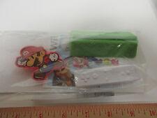 Super Mario Paper Wii Figures Mario & Controller, Burger King Collectors Special