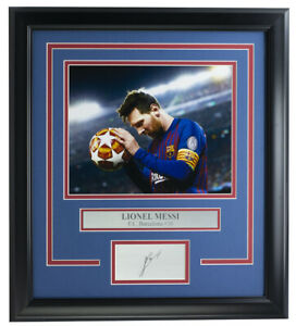 Lionel Messi Framed 8x10 Photo w/ Laser Engraved Signature