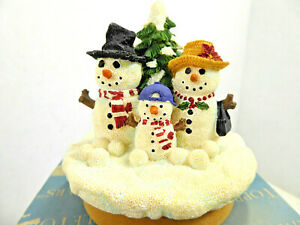 Our America Yankee Candle Snowman Family NE469 Christmas Candle Topper NIB