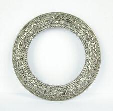 Bracelet ou pendentif en métal argenté  Epoque et origine à déterminer 8,5 cm