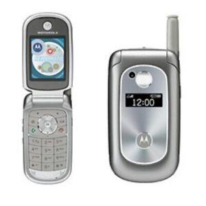 Motorola V series V323i - Silver Gray (U.S. Cellular) Flip Cellular Phone POOR