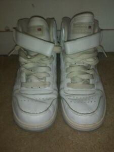 VTG Reebok classic Shoes Men Size 8.5 Athletic Shoes autographed sonics