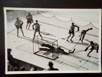 1936 Reemstma Cigarettes~card #33 Canada vs Osterreich~1936 Olympics EX/NRMT