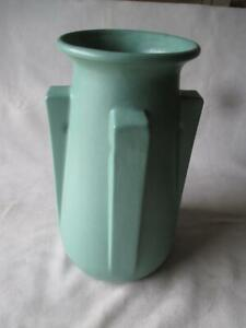 BEAUTIFUL TECO POTTERY GREEN BUTTRESSED VASE