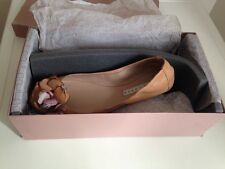 SOFT LEATHER SHOES BY PURA LOPEZ, SIZE 38.5