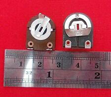 3 x 10K ohm orizzontale (LARGE) CARBONIO potentiometers preimpostati.