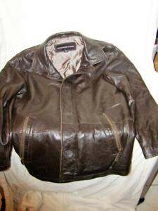 Charles Klein Men's Brown Leather Jacket Size Small Excellent Condition.
