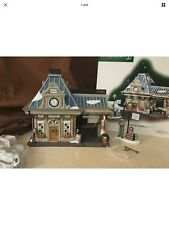 Dept 56 Christmas In The City Lighted 2004 Royal Oil Company 2 Pc 59220 Retired