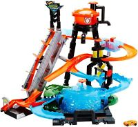 Hot Wheels Ultimate Gator Carwash Car Track Playset