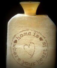 Dekokissen im Landhaus-Stil mit Herzen- & Liebe-Thema