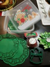 Comfort & Joy Baked Goods Holiday Christmas Container PLUS essentials     g