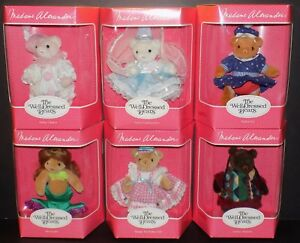 MADAME ALEXANDER THE WELL DRESSED BEARS COMPLETE SET OF 12 NEW MINT IN BOX