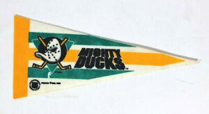 Mighty Ducks Anaheim NHL Hockey Trench Mini Felt Pennant 1993 Vintage