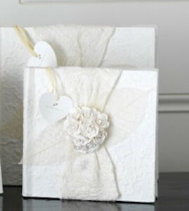 Slip-in White Photo Album with Rose Posy, 18 x 18cm