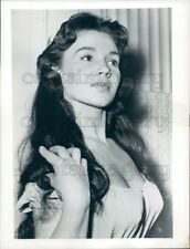 1957 Press Photo Lovely Russian Actress Natalie Daryll 1950s