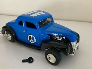 SNAZZY Ertl Die-Cast 1940 Ford Modified Coupe bank for Koch Ind., brand new