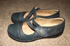 LADIES BLUE CLARKS LEATHER SHOES UK 6 EUR 39  VERY COMFORTABLE ideal for work
