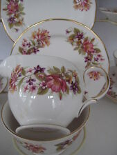 VINTAGE COLCLOUGH ENGLAND BONE CHINA TEASET  WAYSIDE 21 PIECE HONEYSUCKLE