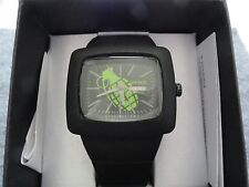 New Grenade Quartz Men's Watch with a Black Band