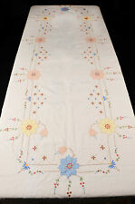 "Fine Linen Vintage Embroidered Applique Tablecloth 124"" x 68""; 8 Napkins"