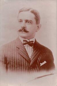 Vintage Press Photo Good Looking Gomez Adams Look alike