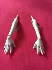 💙Monster High Lagoona Blue Lower Arms & Hands Perfect Pair!💙