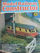 MODEL RAILWAY CONSTRUCTOR MAGAZINE OCT 1982 FORT VICTORIA GRESLEY COACH THATCHED