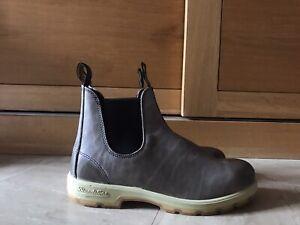 Blundstone Novajo Brown Gumsole Chelsea Boots Size UK10