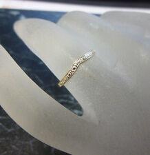 Bague  or 18K sertie d un petit diamant  poincon  750   T 50