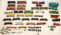 N Scale Lot of 30+ Model Train Cars , Good condition. extra parts and more !