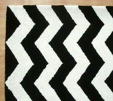 Chevron Zig Zag Black White Modern Hand-Tufted 100% Wool Soft Area Rug Carpet