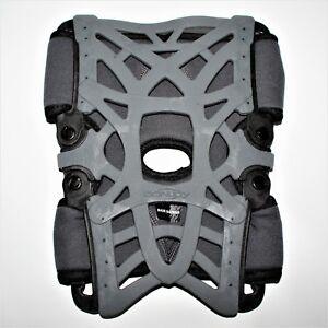 DonJoy Reaction Web Knee Brace with Compression Sleeve Size XS/S Gray 11-0215-2