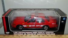 1/18 MOTORMAX FIRE DEPT 2001 FORD CROWN VICTORIA RED yd