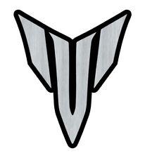 Logo adhésif gravé MT 01 03 07 09 - 6,5cm x 5,5cm - épaisseur 1mm