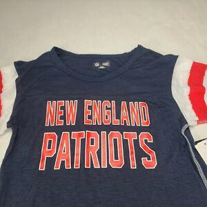 New England Patriots Women's Size Medium Blue Long Sleeve Shirt
