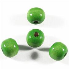 Lot de 50 perles rondes en Bois 10mm Vert Anis