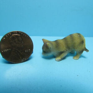 Dollhouse Miniature Small Orange Tabby Cat for Pet Pouncing IM65490