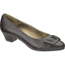 Hush Puppies Soft Style Brown Pleats Be With U You Dress Kitten Pump $69
