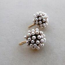 R Orecchini stile antico placcati oro micro perle bianche